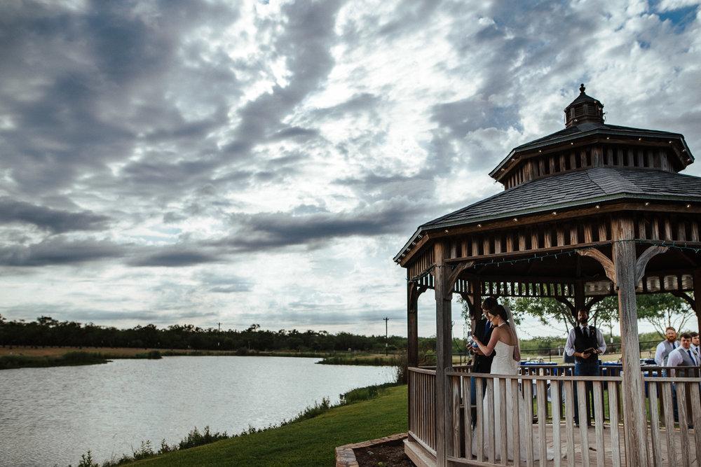 West-Texas-Wedding-Photographer-Cains-Cove-Lake-Nasworthy-San-Angelo-0016.jpg