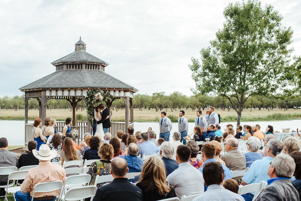 West-Texas-Wedding-Photographer-Cains-Cove-Lake-Nasworthy-San-Angelo-0018.jpg