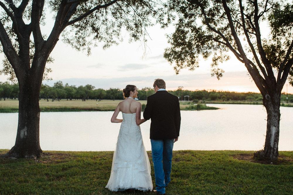 West-Texas-Wedding-Photographer-Cains-Cove-Lake-Nasworthy-San-Angelo-0025.jpg