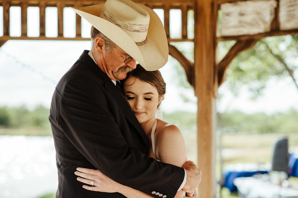 West-Texas-Wedding-Photographer-Cains-Cove-Lake-Nasworthy-San-Angelo-0035.jpg