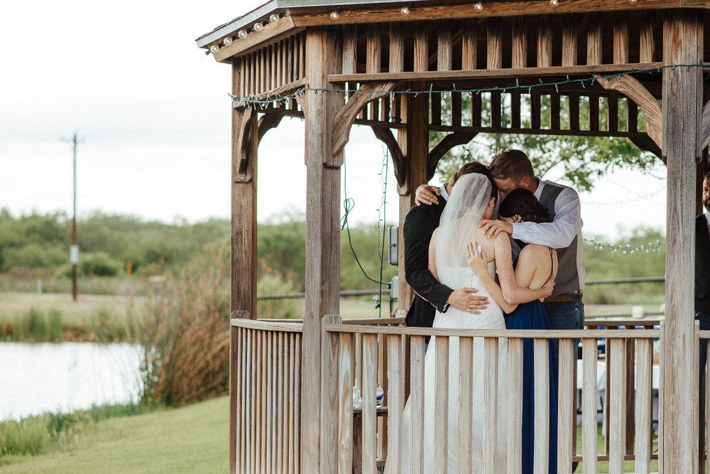 West-Texas-Wedding-Photographer-Cains-Cove-Lake-Nasworthy-San-Angelo-0044.jpg
