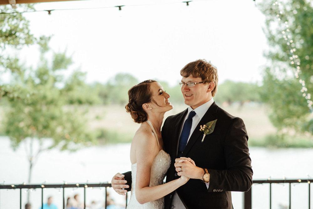 West-Texas-Wedding-Photographer-Cains-Cove-Lake-Nasworthy-San-Angelo-0047.jpg
