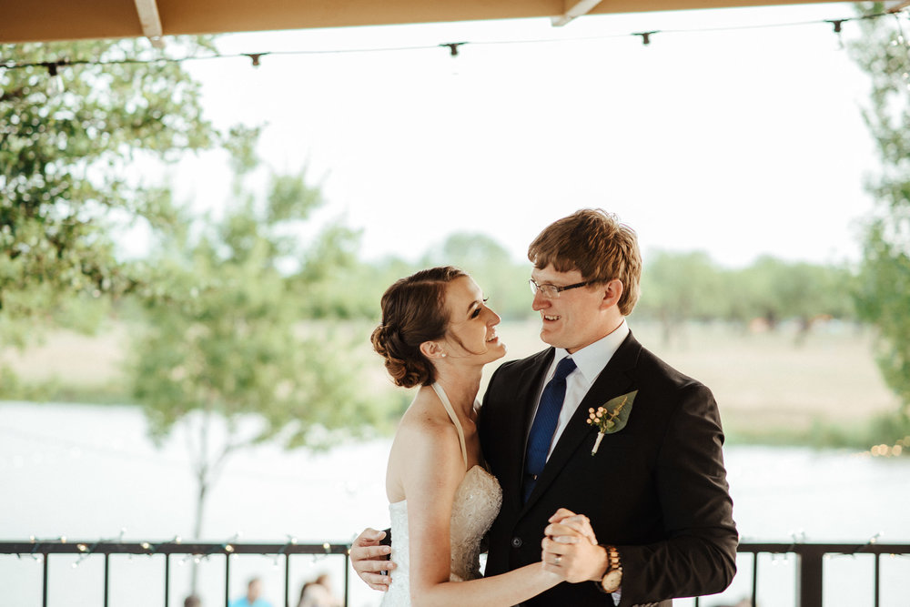 West-Texas-Wedding-Photographer-Cains-Cove-Lake-Nasworthy-San-Angelo-0048.jpg