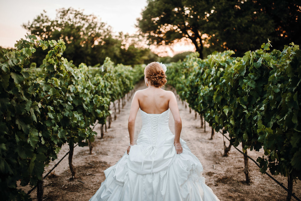 christoval-vineyards-and-winery-wedding-KaylaBridals-0007.jpg