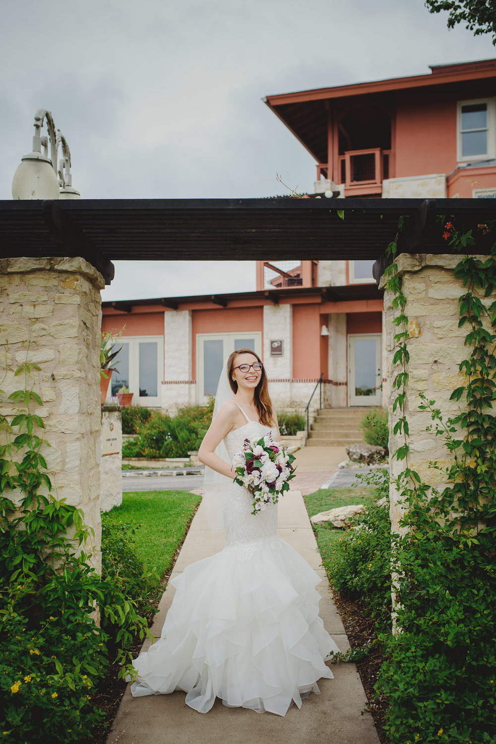 Austin-Texas-Wedding-Vintage-Villas-0048.jpg