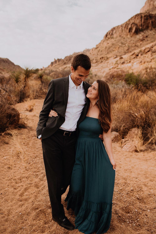 deset-elopement-big-bend-engagement-photos18.jpg