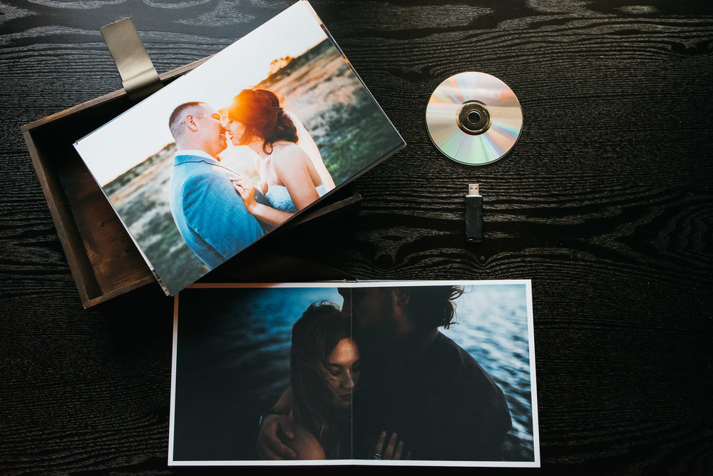 PRINTS MATTER - WHY YOU NEED AN ALBUM AND PRINTS