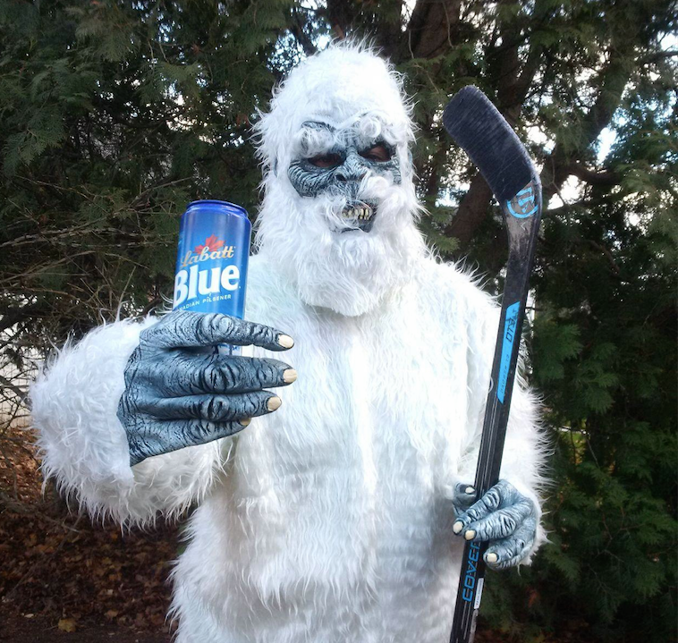 labatt pond hockey yeti
