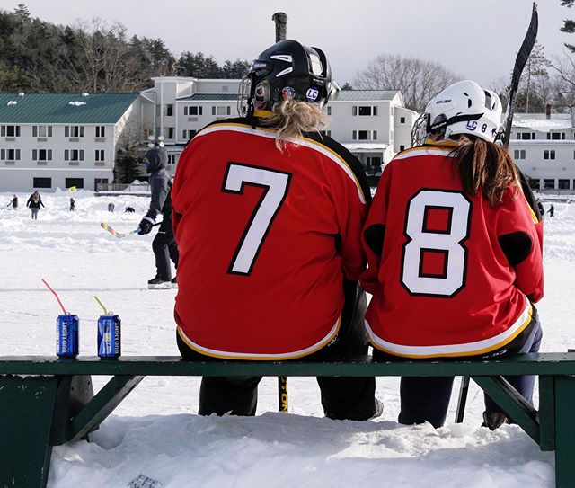 #budlightthelampvt • • • #pondhockey #hockey #frostbitefaceoff #frostbitefaceoff2019 #budlight #dillydilly #vermont #vermonthockey #boston #bostonhockey #beer #outdoorhockey