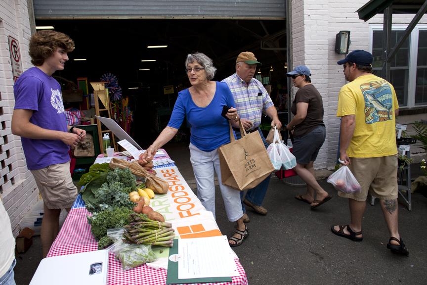 Farmer Foodshare Greensboro 06072014 01.jpg