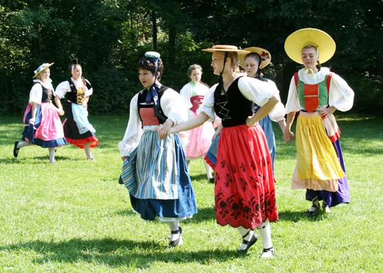 New Glarus Wilhelm Tell Play Dancers 3