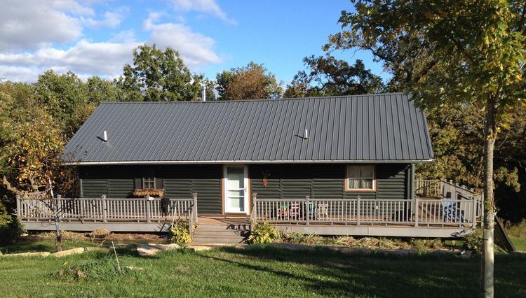 Hidden Bluff Lodge New Glarus Wisconsin