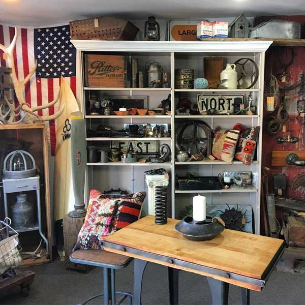 Rusty Raven - Industrial Design Furniture & Decor