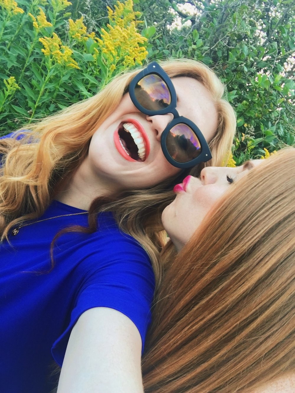 Malia and Jessica Braun_ThePeriodical_Love-xx_Sisters