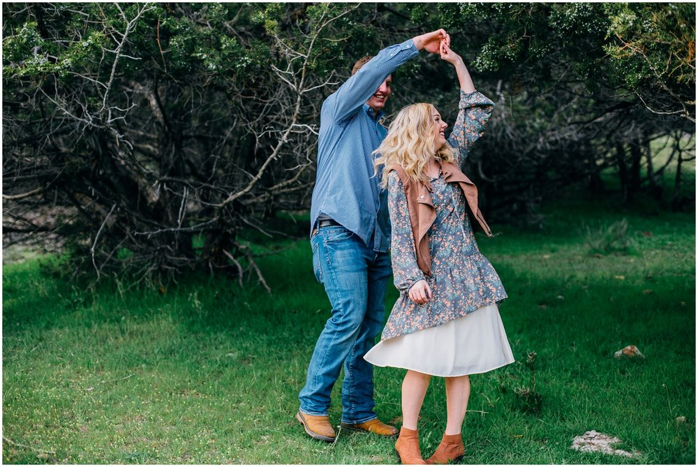 kelly-canyon-engagements-idaho-colorado-wyoming-wedding-photographer_0402.jpg