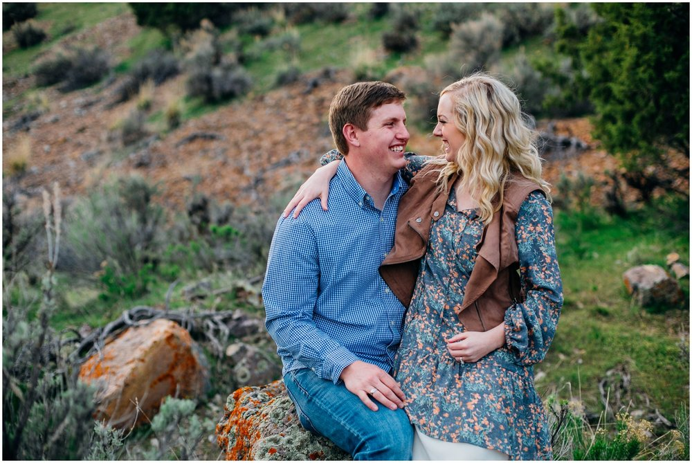kelly-canyon-engagements-idaho-colorado-wyoming-wedding-photographer_0403.jpg