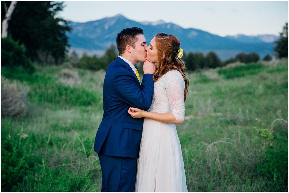 swan-valley-bridals-mountain-bridals-idaho-wedding-photographer_1402.jpg