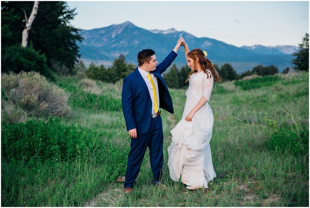 swan-valley-bridals-mountain-bridals-idaho-wedding-photographer_1403.jpg