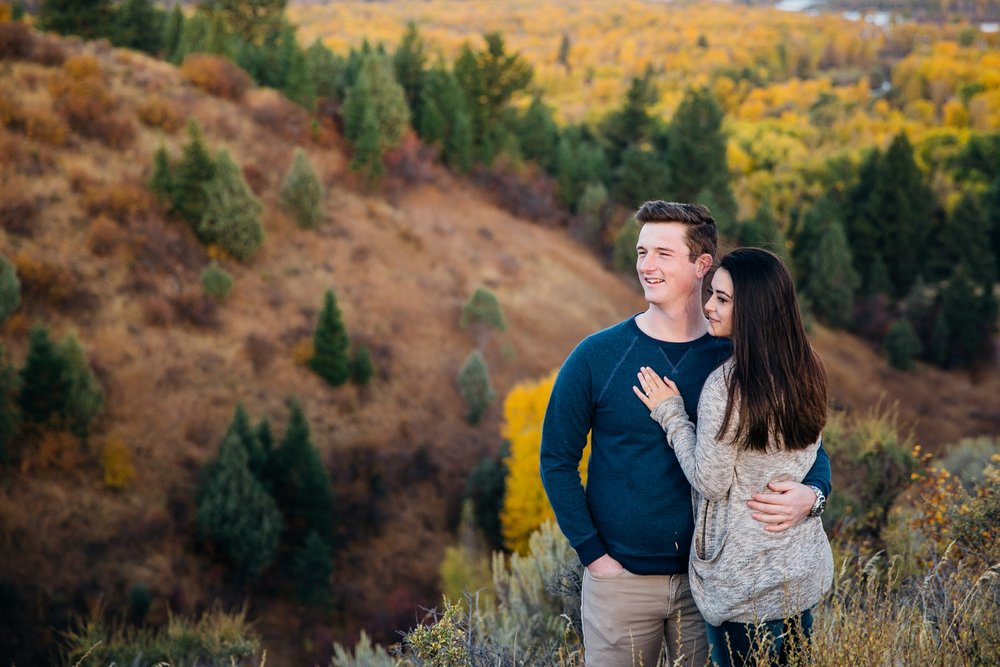 idaho-falls-mountain-engagements-rexburg-idaho-adventurous-wedding-photographer_1694.jpg