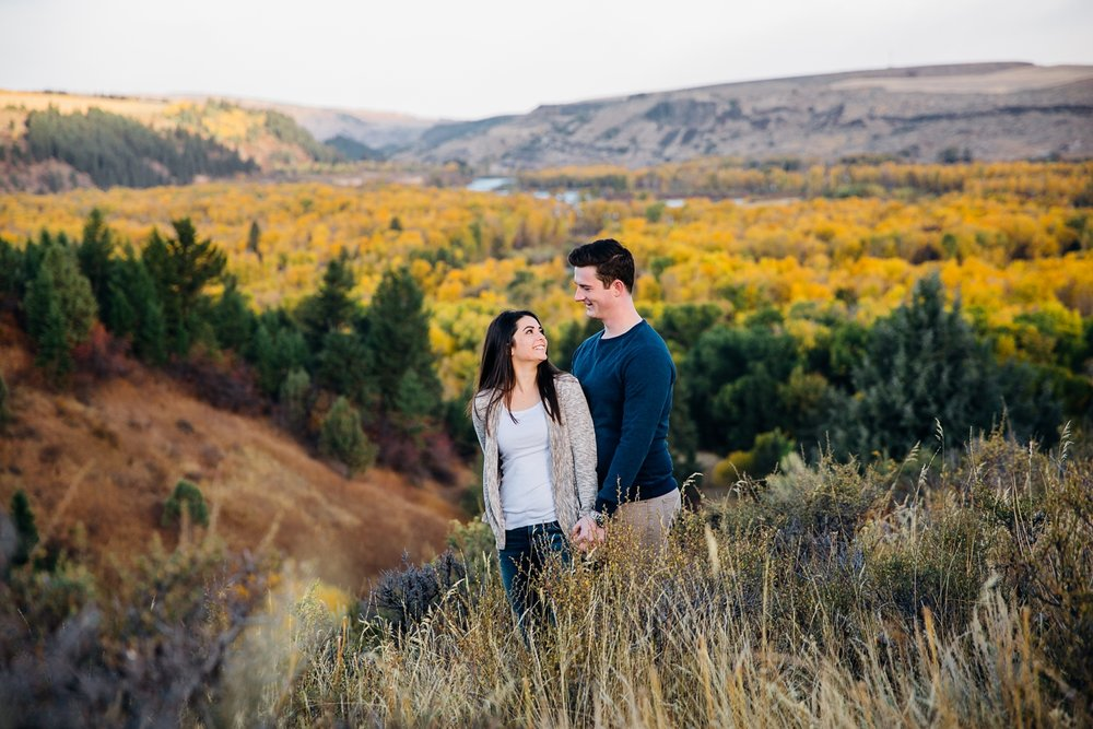idaho-falls-mountain-engagements-rexburg-idaho-adventurous-wedding-photographer_1698.jpg