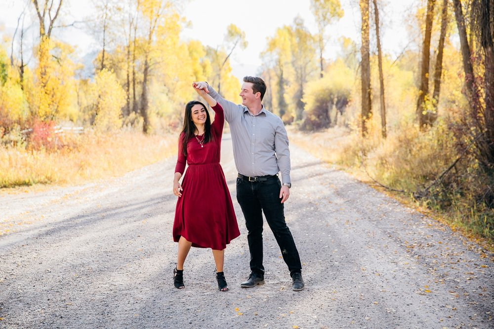 idaho-falls-mountain-engagements-rexburg-idaho-adventurous-wedding-photographer_1705.jpg