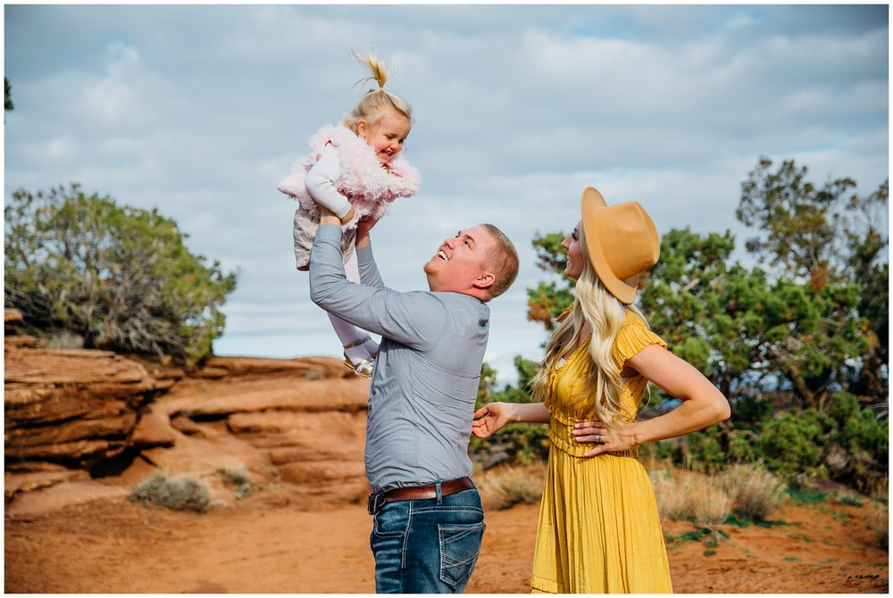 idaho-falls-family-photographer-colorado-national-monument_2013.jpg