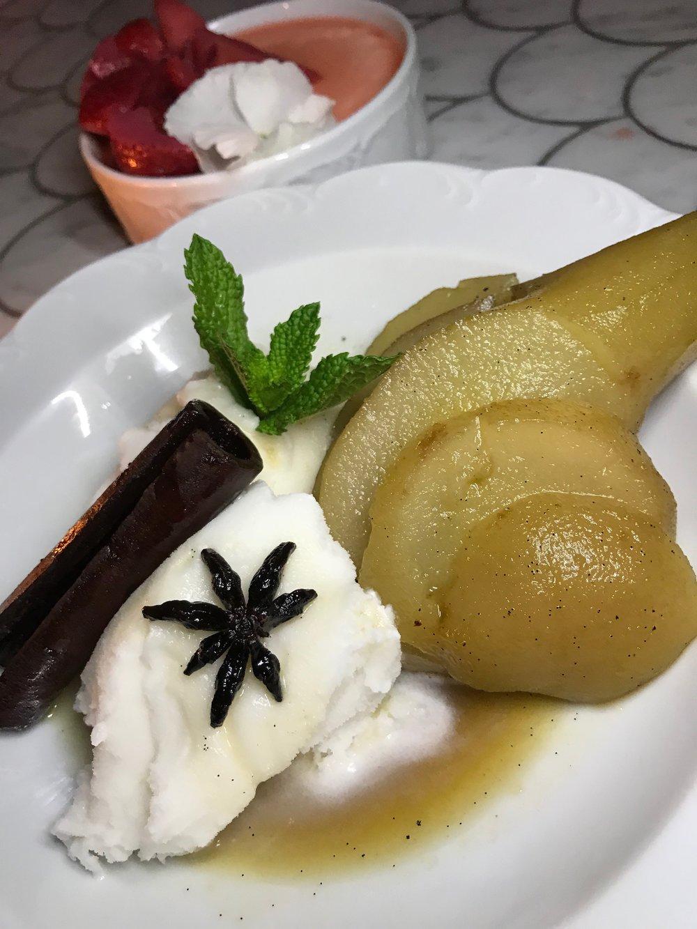 Vainilla & Brandy Poached Pear