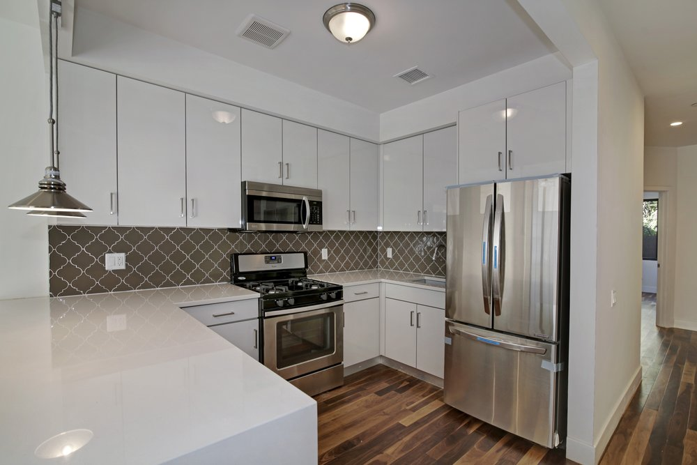 04_533RutlandRd_5_Kitchen_HiRes.jpg