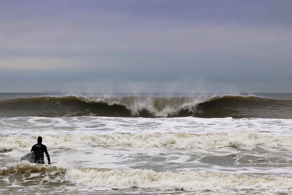 4-26-17 Long Beach Wave 2.jpg