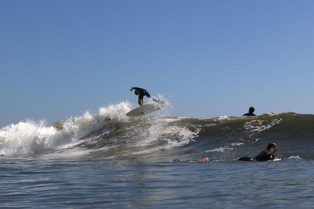 9-24-17 LB Surfer 13.jpg