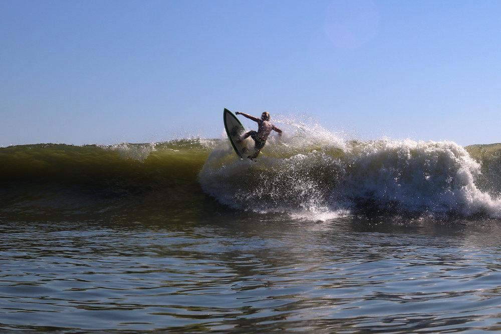 9-24-17 LB Surfer 15.jpg