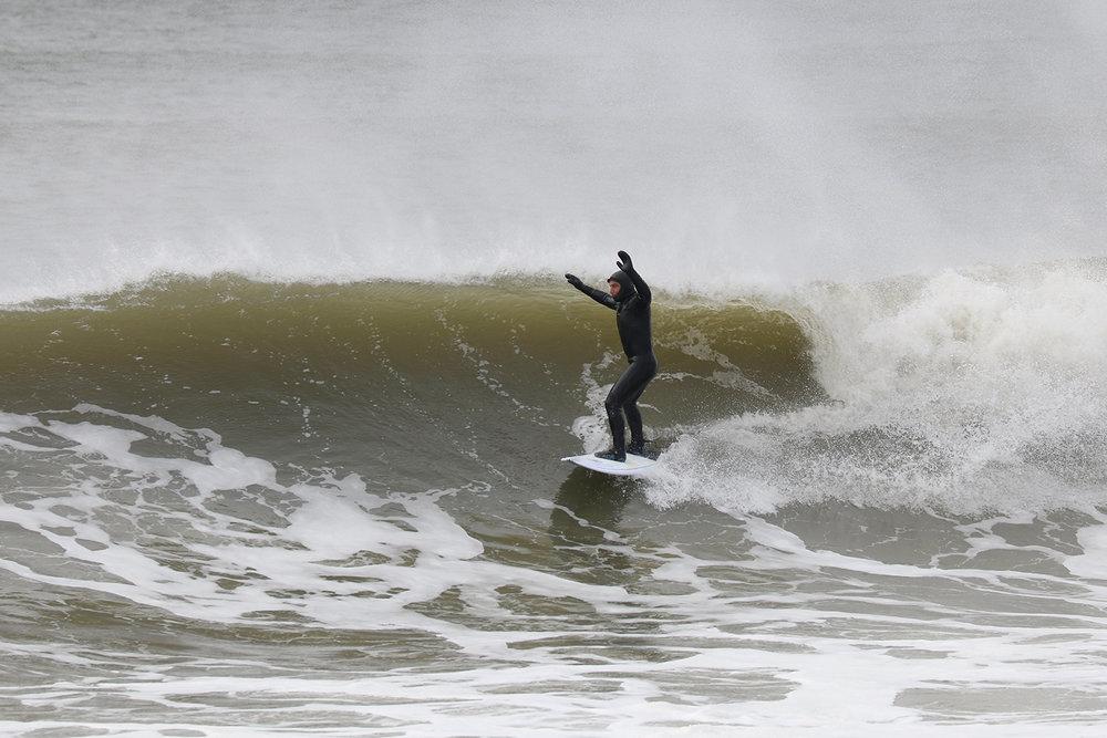 3-3-18 Lido Surfer Praise Wave.jpg