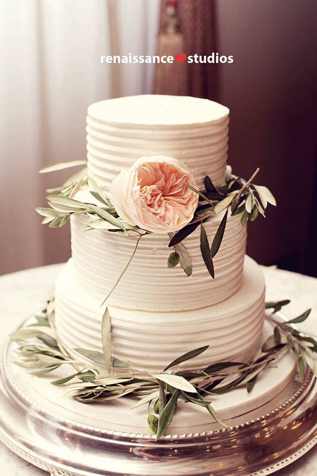 niagara-wedding-cakes-sweet-celebrations-custom-minimalistic-cakes-001.JPG