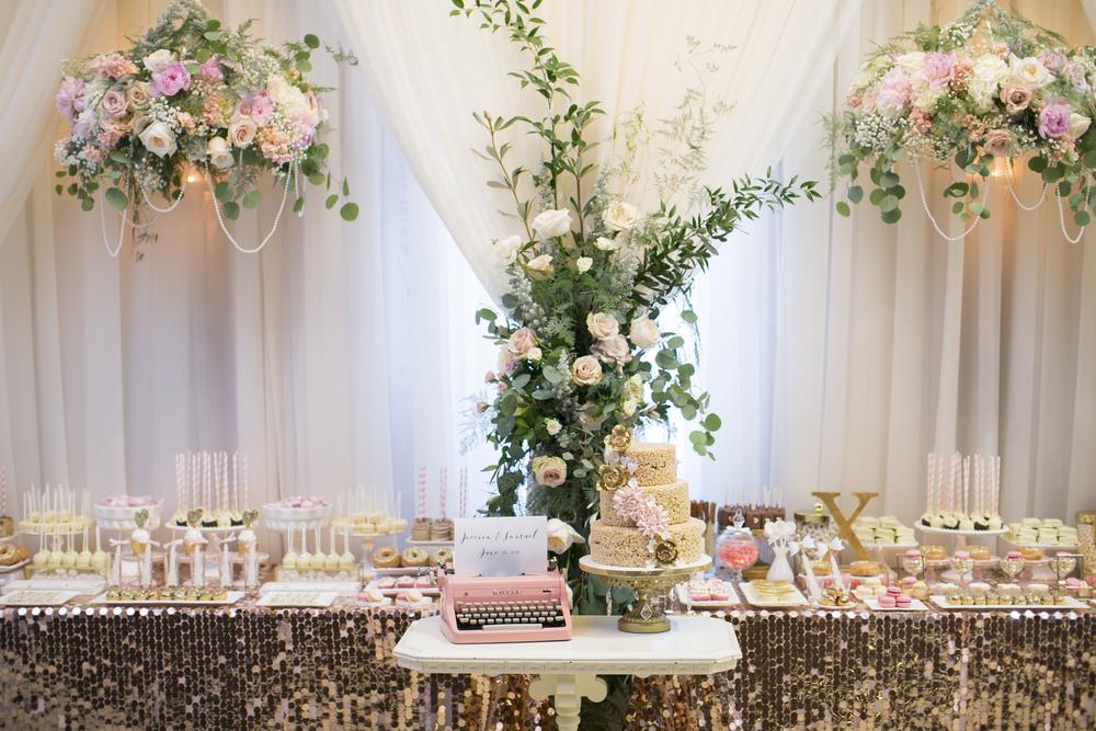 niagara-wedding-cakes--niagara-wedding-tables-sweet-celebrations-custom-sweet-tables-003.JPG