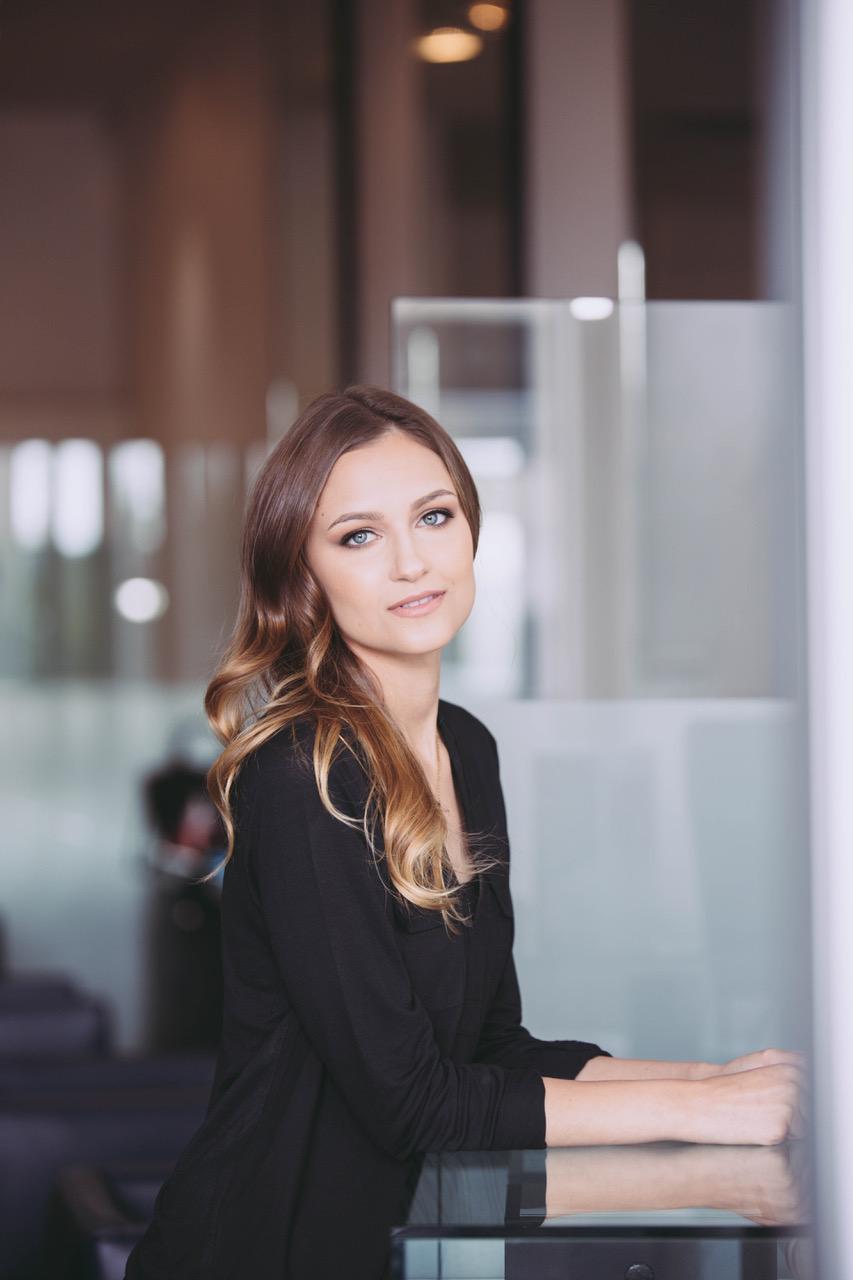 Kelly Russell profile Photo 1.jpg