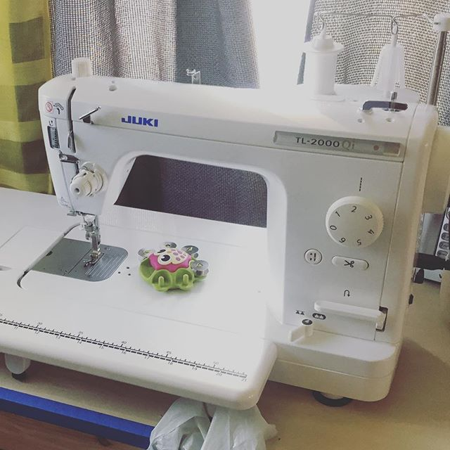 I'm in love with my new sewing machine! #jukisewingmachine #littlebirdsewingclasses #bestthingever