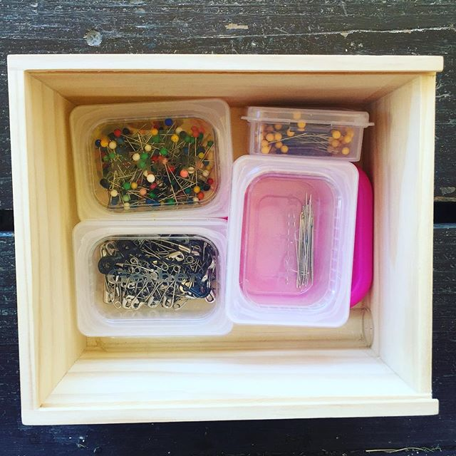 Love these boxes from @thepapayaexchange ! So fun, easy, and beautiful to re-use #reducereuserecycle #sewingmama #gettingorganized