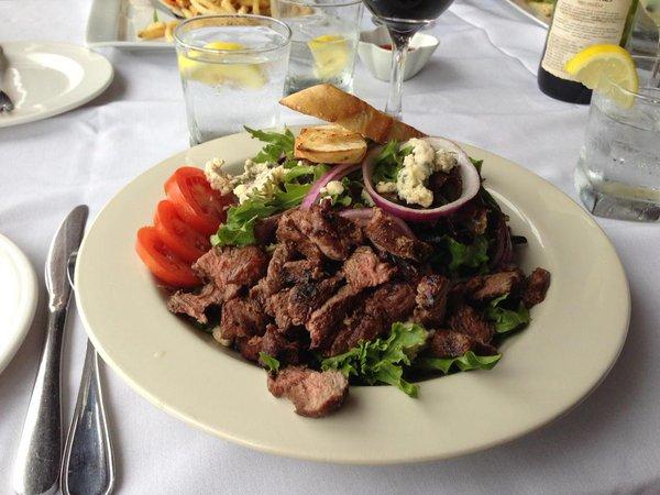 Beef n blue salad