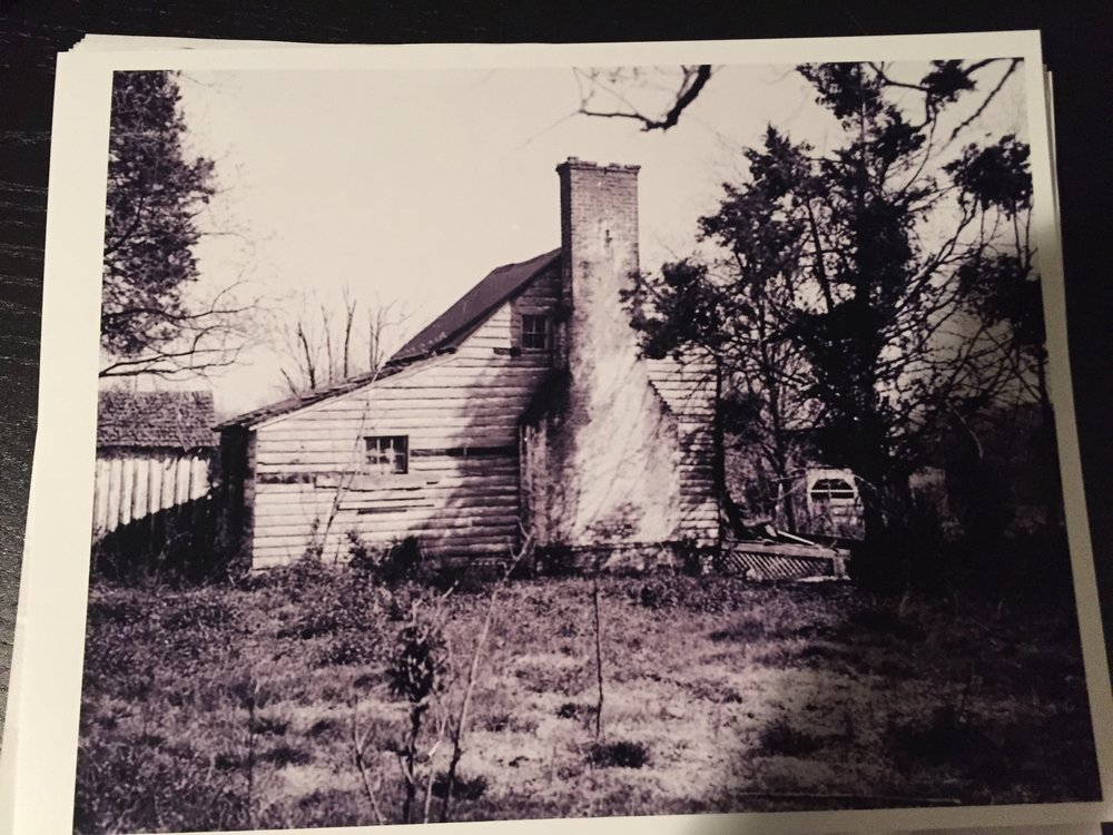 The home before it was purchased by Walter Macomber, Resident Architect at Mt. Vernon.