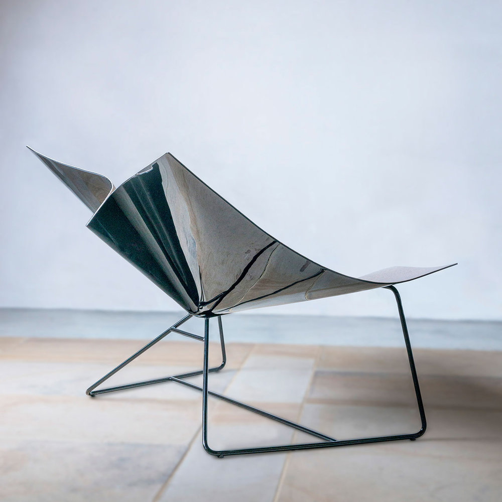 Helen-Kontouris-Minka-Chaise-02.jpg