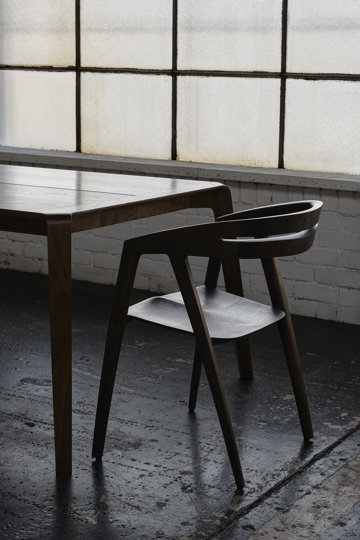 DanielPoole, WandelDiningTable & Chair. Photography LillieThompson