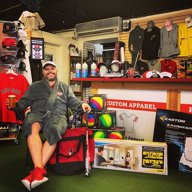 We're ready for Dads and Grads down at the Marblehead Sport Shop!