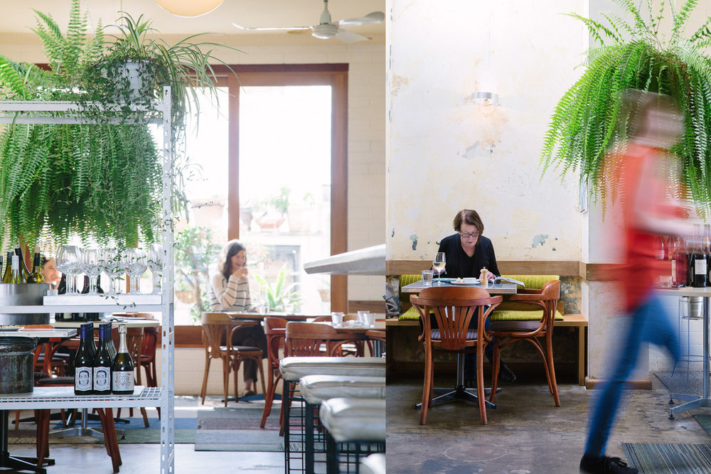 The elegant surrounds and contemporary food offerings at Sorrento's Cakes & Ale are popular with the area's well-heeled weekend-types and locals alike. Last time we checked they were selling half-price freshly shucked oysters between 5 and 6pm.