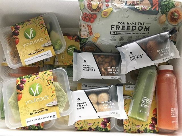 @youfoodz helping to keep my hanger in check this week. I was stoked to receive the new winter menu to try; Personal favourite is the Youtella protein cookies which disappeared in about 3 seconds. 🤤 Thanks #youfoodz ya legends 🙌🏼 #spon #editsbyelle