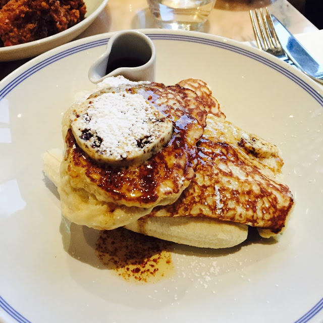 Ricotta hotcakes, banana and honeycomb butter