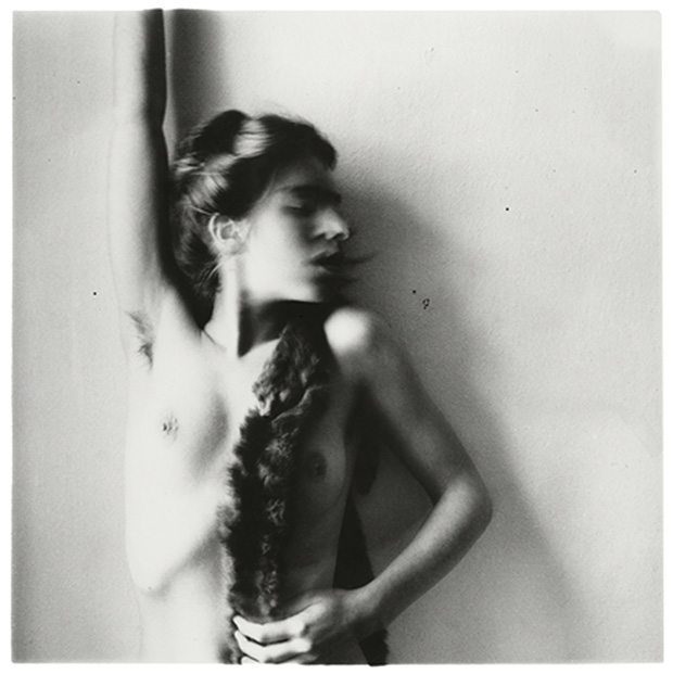 Francesca-Woodman-Untitled-MacDowell-Colony-Peterborough-New-Hampshire-1980-C-George-and-Betty-Woodman.jpg
