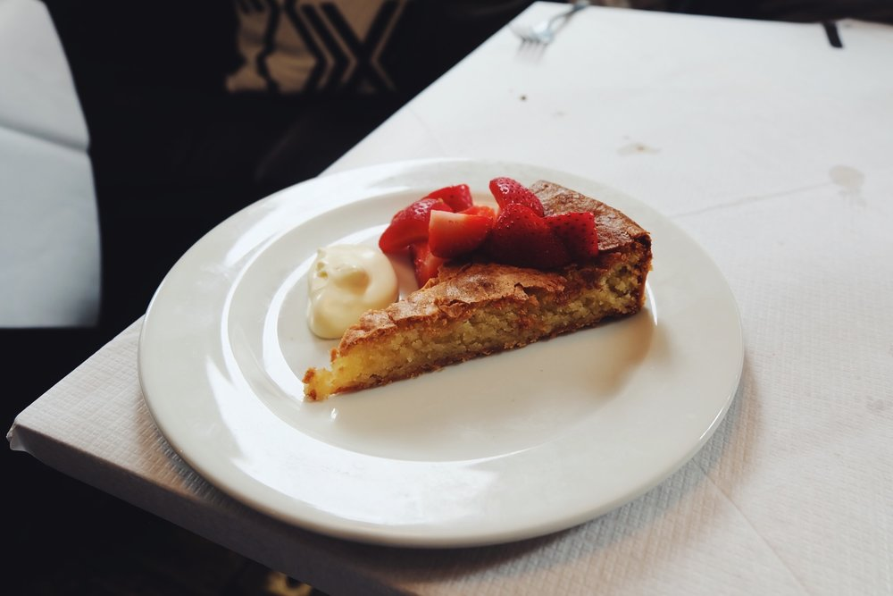 Almond tart (£7.50)