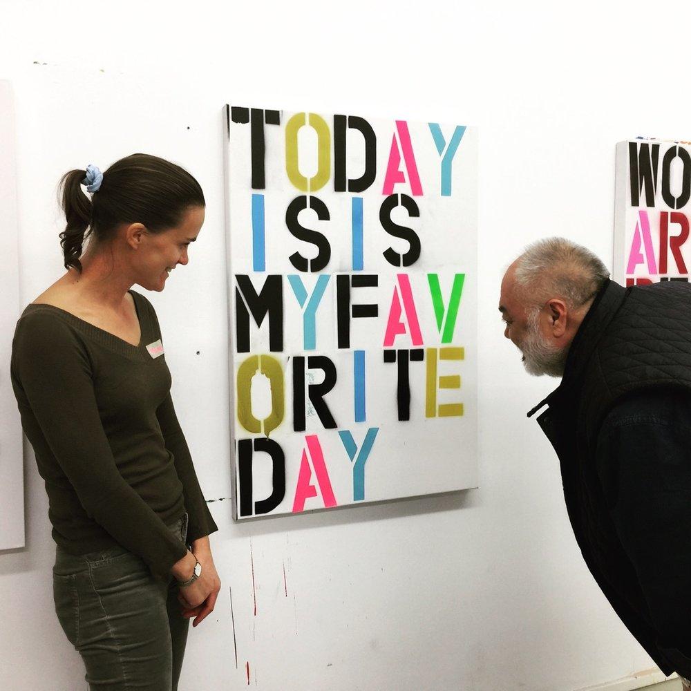 Ateliers REAL/FAKE - Se mettre dans la peau d'un artiste contemporain en 3h et réaliser sa «vraie/fausse» œuvre d'art à emporter chez soi, basée sur un artiste différent durant chaque atelier.