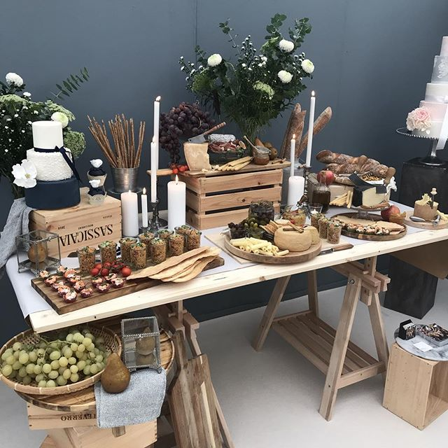 We are at the Zug Hochzeit Messe today! All brides and grooms come visit and have a tasting! #hochzeitmessezug #hochzeit #hochzeitdekoration #grazingtables