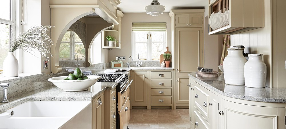 Neptune Chichester Range – Elegant, beautiful classic English kitchen with granite surfaces and birch wood wall units and Aga oven